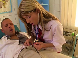 Beautiful Schoolgirl Gladly Rubs Her Pussy Against The Doctor's Bone