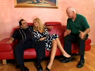 Wild Old School Dude Likes To Watch His Milf Wife Fucking With Other Bro